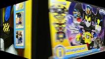 Et homme chauve-souris par par dinosaure Nouveau examen super-héros jouet Imaginez un jeu de jouets robot