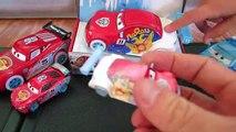 Et voiture des voitures dérive dériveurs jambon de la glace course course Courses tout en Disney pixar 4 crash petrov mcqueen