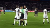What happened when Neymar asked Edinson Cavani to take a penalty for Paris Saint-Germain