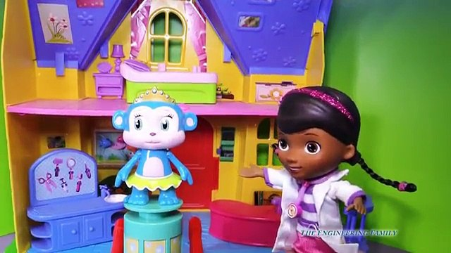 DOC MCSTUFFINS Disney Doc McStuffins Bubble Monkey Funny Video Toys Review HD