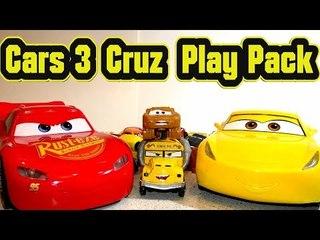 Pixar Cars 3 Cruz Ramirez Play Pack Coloring Book with Lightning McQueen Mater Jackson Storm
