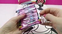 Au couleur escroquerie avec fr dans souris jouer jouer jeu amusant à peindre disney mickey espagnol