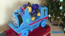 Des voitures moteur extrême pour chaud enfants sur balade rouleau réservoir le le le le la roues Step2 thomas coaster