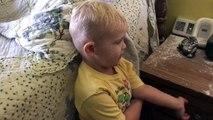 Ce petit garçon a mis un bazar impressionnant dans la chambre de ses parents !