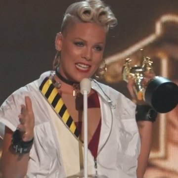 Pink's VMA speech was a message to her daughter about body image [Mic Archives]