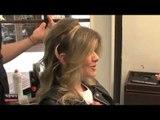 Aprenda a fazer uma tiara com seu cabelo, por Manuela Carvalho