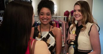 Watch Online The Bold Type Season 1 Episode 10 Carry the Wei