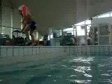 Nolan 3 ans nage tout seul