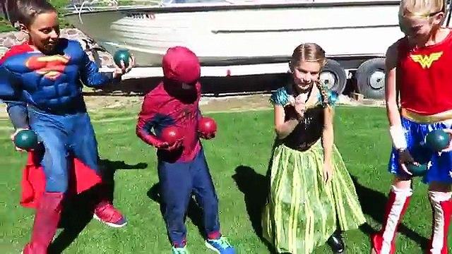 Spiderman vs Frozen Elsa SUMO BATTLE! w/ Pink Spidergirl Joker Maleficent Funny Superhero