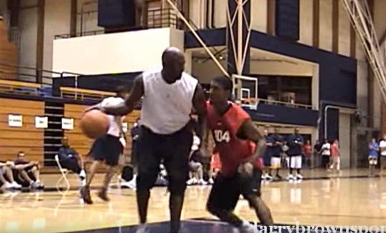 Michael Jordan raconte comment il a détruit O.J. Mayo à un camp de basket