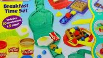 Et petits gâteaux Marguerite Canard pour la magie Magie table de mixage souris avec Mickey minnie donald