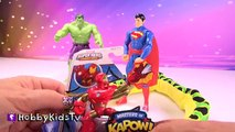 A mangé bataille par par pour énorme ponton enfants serpent jouets superman surprise, hobbykidstv 2016
