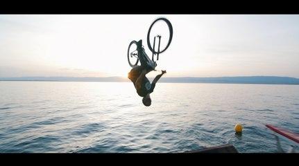 Bike Jump & Trampoline  - Ultimate Family