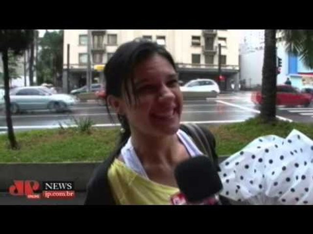 Avenida Brasil: você acha que Ivana deveria encontrar um grande amor?