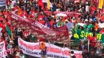 Indígenas de tribus filipinas se manifiestan en Manila en contra de las políticas de Duterte
