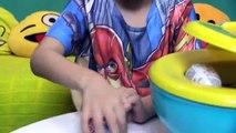Peppa Pig Troninho Cocô de Massinha Play Doh Surpresas Minecraft Frozen Homem Aranha Surpr