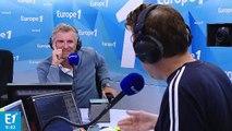 """Denis Brogniart : pour l'émission, """"nous avons construit une route qui sert aux Fidjiens aujourd'hui"""""""