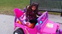 Attaques mal voiture pitre au volant la famille amusement amusement enfants tueur des parents effrayant 3 vlogs