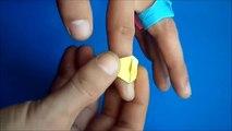 Una y una en un tiene una un en y colores diferentes en en anillo piedra con Anillo con una piedra en diferentes colores de Origami Origami