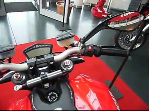 Y luchador callejero vídeos Ducati popular 1198 ducati