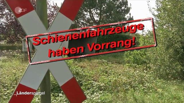 Hammer der Woche – Neues Andreaskreuz an totem Bahngleis