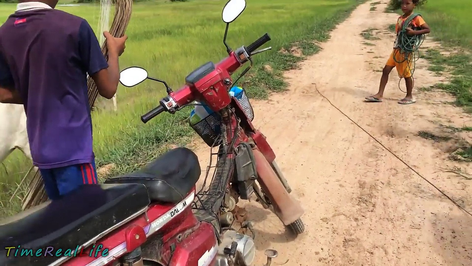 Wow!! Two Brave Brothers Catch Big Snake Near Motorcycle A Long The Road How To Catch Snak