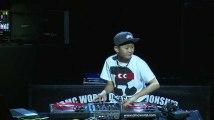 2 minutes d'un mix endiablé par un DJ japonais ... de 12 ans