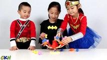 Do no Gallo hallazgo divertido juego madeja recreo guardabosque rojo superhéroe despertar con Disney unboxing