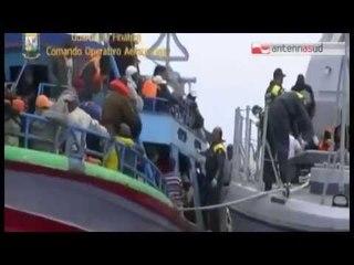 """TG 10.03.15 A Taranto l'hub del Viminale per """"schedare"""" i migranti in arrivo"""