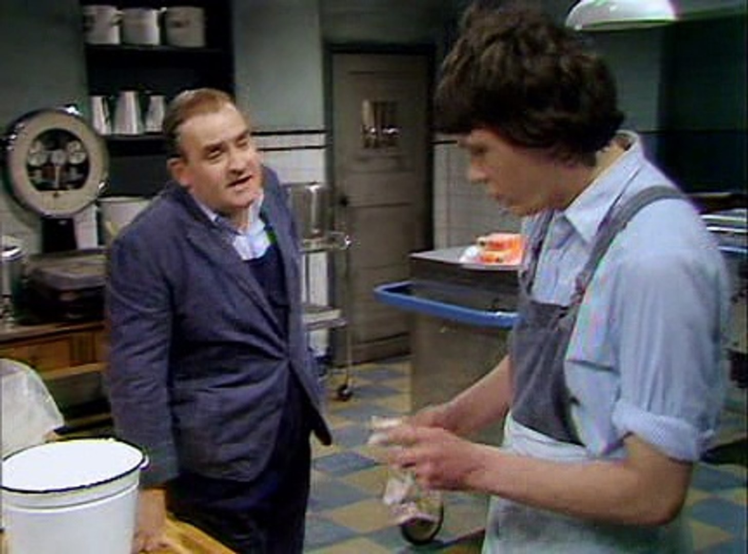 Porridge – S1, Ep2 – The Hustler