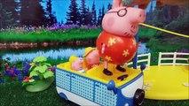 Juguetes Distroller - Ksi meritos abren sus regalos de Navidad, un tren de Peppa Pig y tri