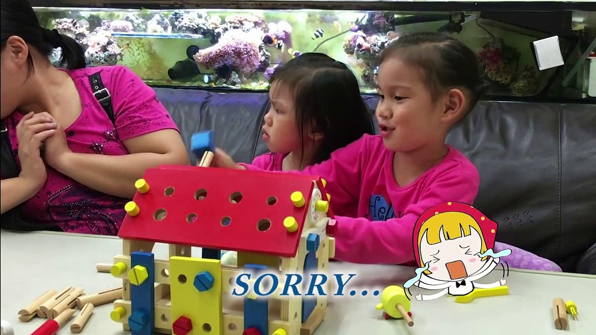 玩具木頭房子 敲敲打打原來是三隻小豬的房子 親子手作玩具分享 動手DIY玩具組裝  Wooden Screw House Club house就在Sunny Yummy Kids TOYs