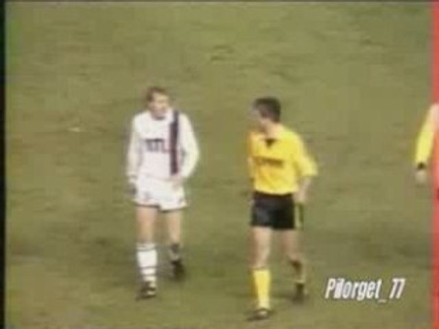 PSG-WATERSCHEI UEFA 82-83