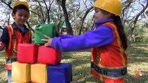 Little Builders 5 - The Smasher Returns, Kids Ride On Construction Trucks & Toy Building Blocks
