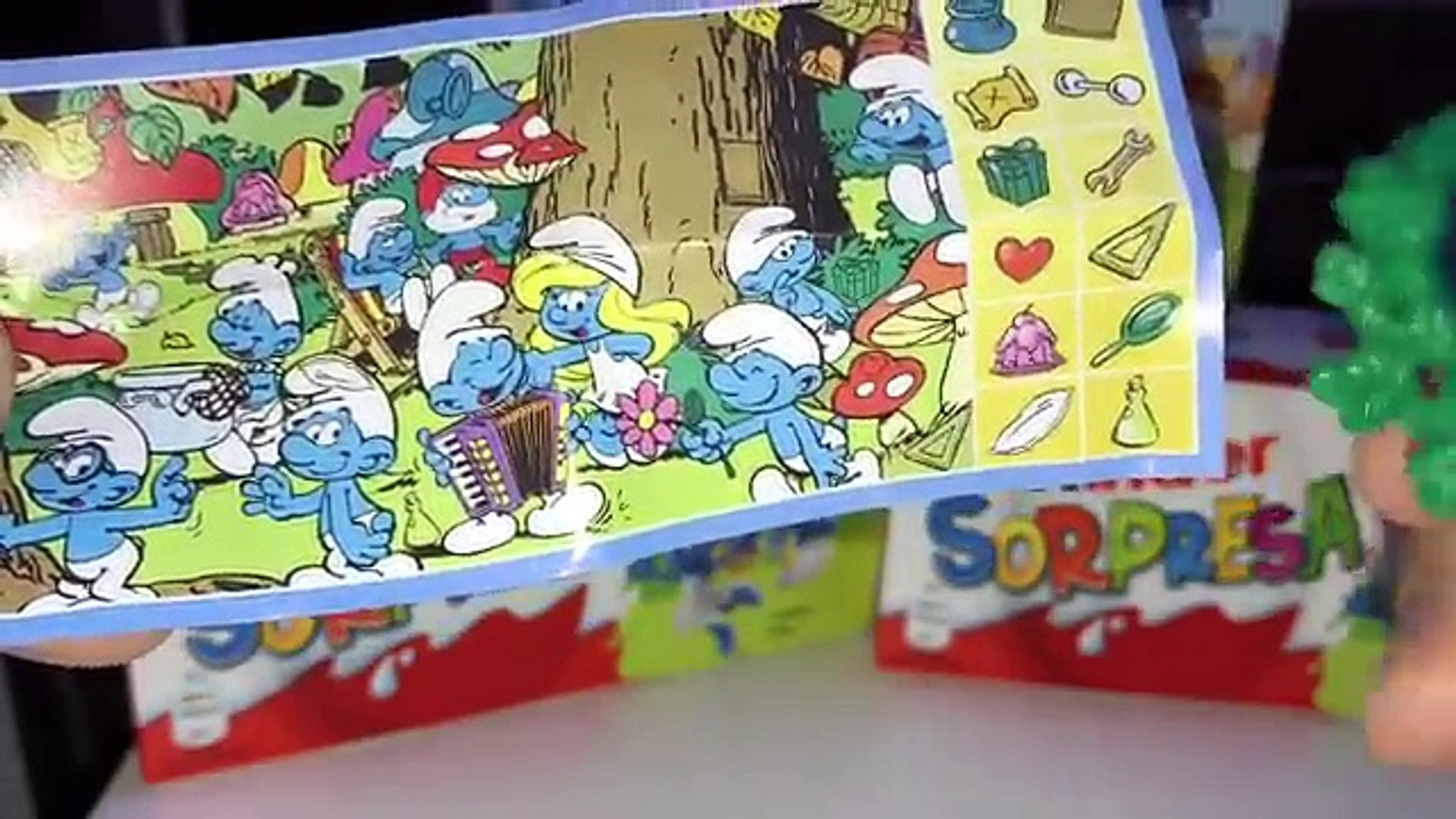 Киндер Сюрпризы Итальянские Смурфики,Unboxing Kinder Surprise the Smurfs Italy