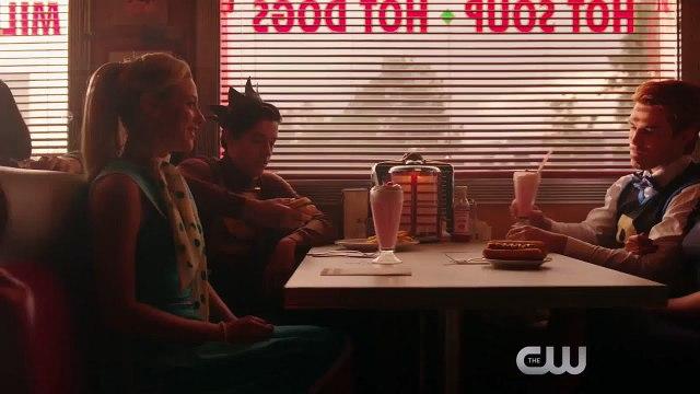 Riverdale - saison 2 - Trailer - bande-annonce officielle (VO)