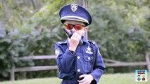 Moto enfant flics petit héros le bourse vidéo parodie
