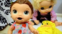 Crawling Baby Alive POOPS In The BATH TUB! - baby alive bath - baby go bye bye m