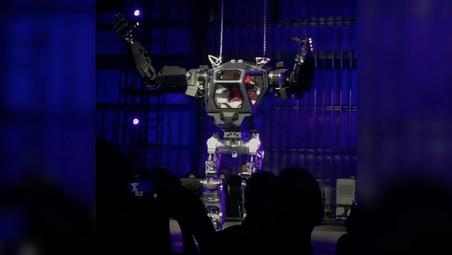 Amazon CEO Jeff Bezos becomes Bezosbot and it's pretty epic