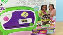 Girl Scouts Cookie Oven - Making Thin Mint Chocolate Cookies!