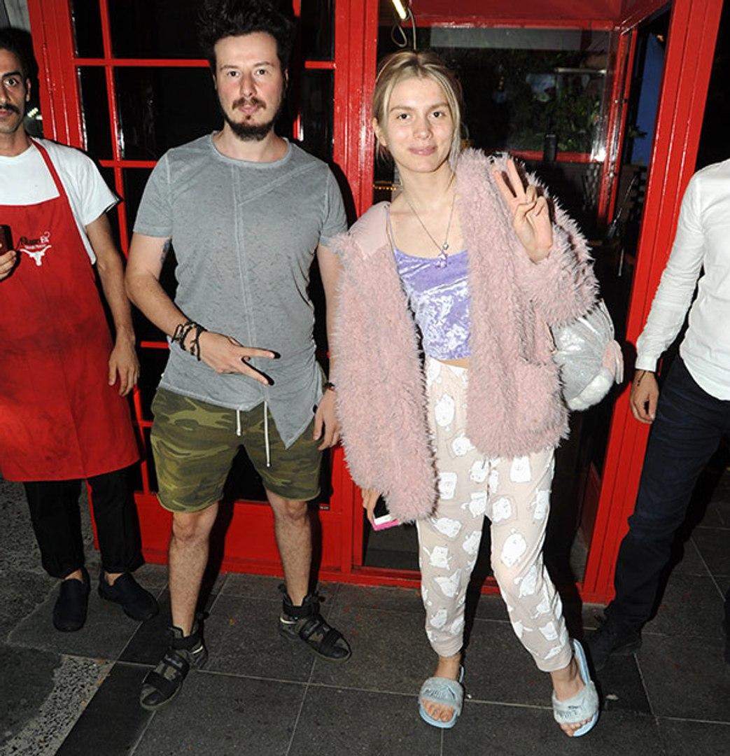 Aleyna Tilki'nin Yemeğe Çıkarken Giydiği Kıyafet Olay Oldu