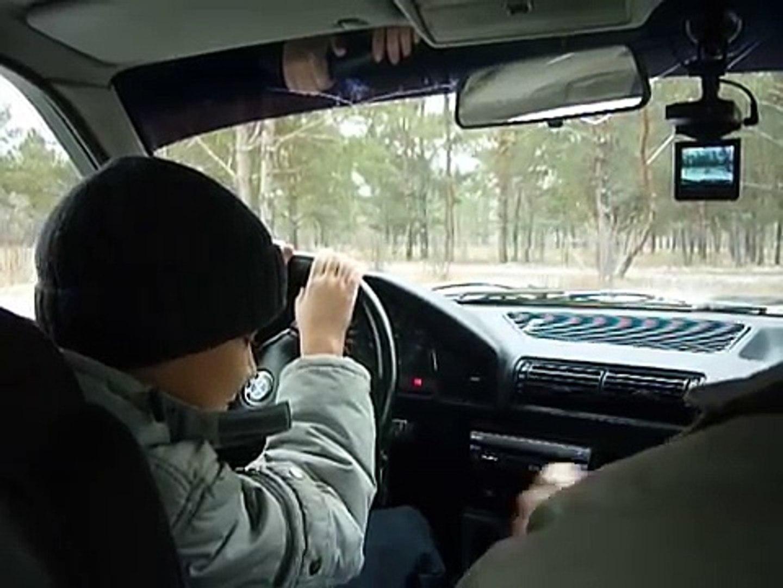 Сын учится водить BMW 525.Павлодар new.