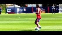 Neymar destroying PSG players in his FIRST Training with Paris Saint Germain (PSG)