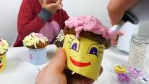 Et banane défi petits gâteaux décorer délicieux enfants cuisine doux jouet la télé muffins