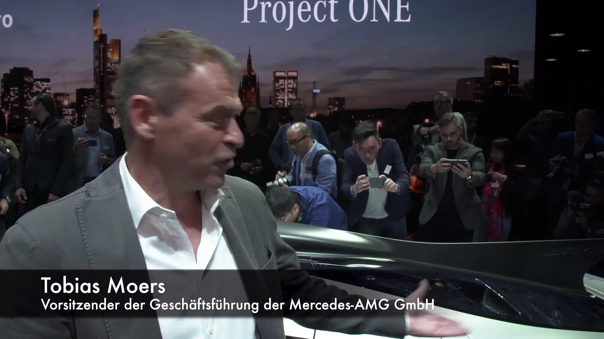 Mercedes-Benz auf der IAA 2017 - Interview Tobias Moers