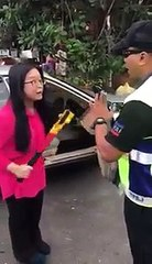 Malaysian Police and Angry Girl Fight