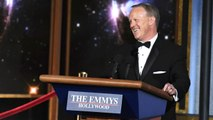 Sean Spicer Crashes THe Emmy's to Make Fun of Himself