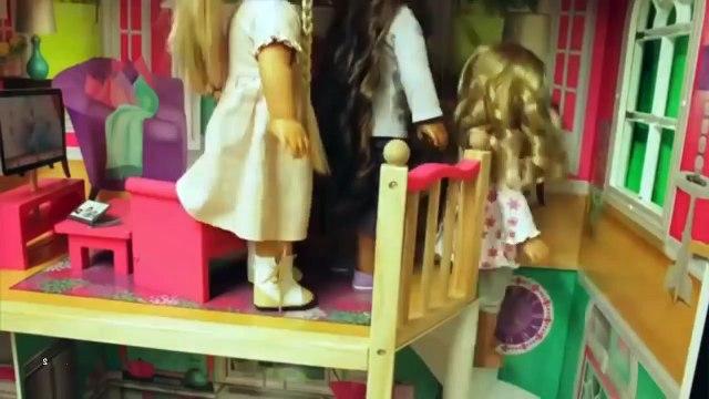 American Girl Doll Julies 70s Room Tour | SummerStudiosAG