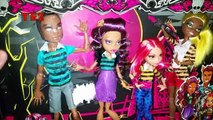 Review Monster High Wolf Family 4 Pack Pack of Trouble (En Français)
