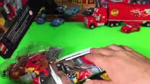 Cars 3 LEGO Smokeys Garage & cars 3 Lightning Mcqueen Lego Disney Pixar Cars New Toys Juniors 10743